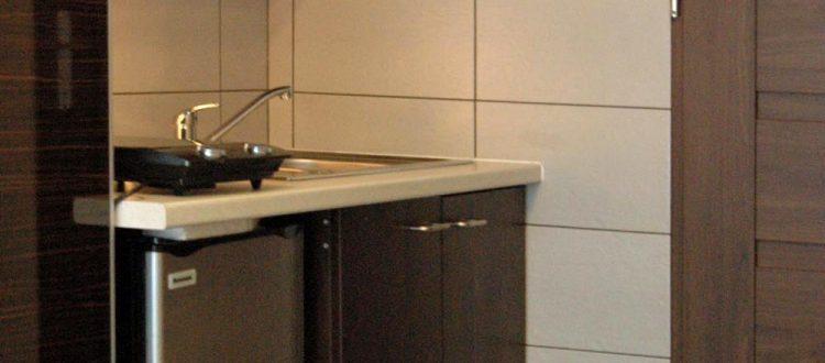 Kuchnia w komfortowym apartamencie w Katowicach